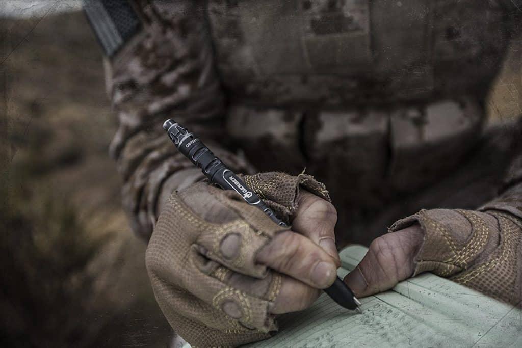 Le meilleur stylo tactique pour votre kit